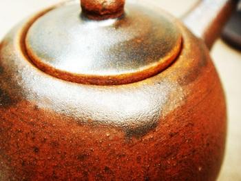 コゲ茶色の醤油さし9.jpg