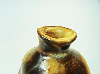 ミニ花器(黒白チタン)4.jpg