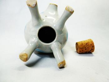 子豚の塩胡椒入れ(青)5.JPG