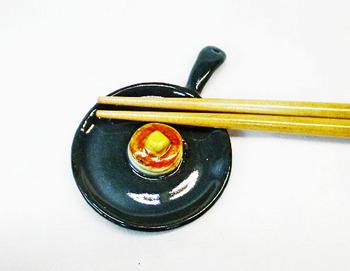 スキレット型箸置き(ホットケーキ)1-1.JPG