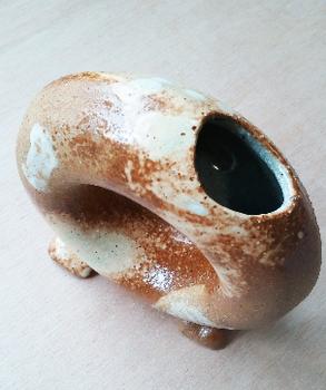 ドーナット型花器3.png