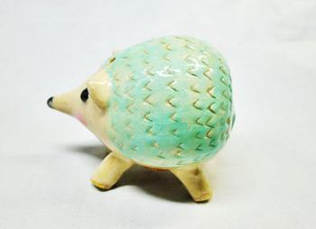 ハリネズミの塩胡椒入れ(グリーン2.JPG