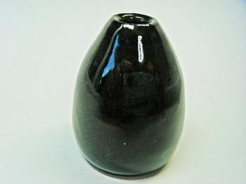 ミニ花器(黒土灰)3.jpg