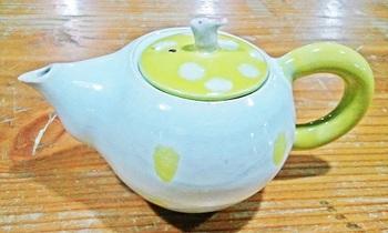 黄色の水玉のポット2.jpg